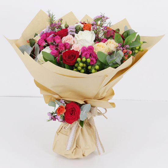 Send Thinking Of You Flowers To Bangalore Flower Delivery Bangalore Order Flowers Online Bangalore Juneflowers Com