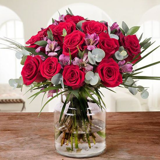 Fantastic Red roses in a square vase from JuneFlowers.com