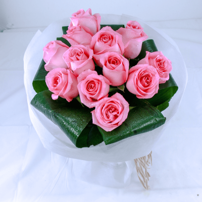Pink rose hand Bouquet From JuneFlowers.com