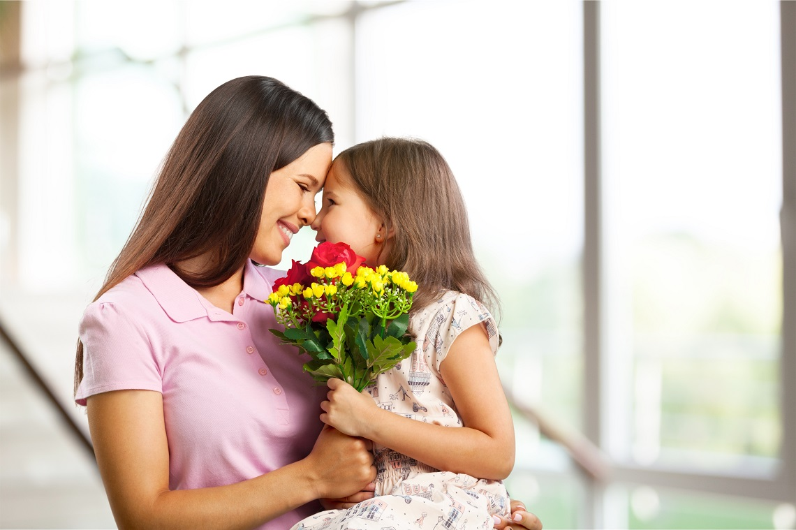 Make your Mum's Day with Stunning Mother's Day flowers